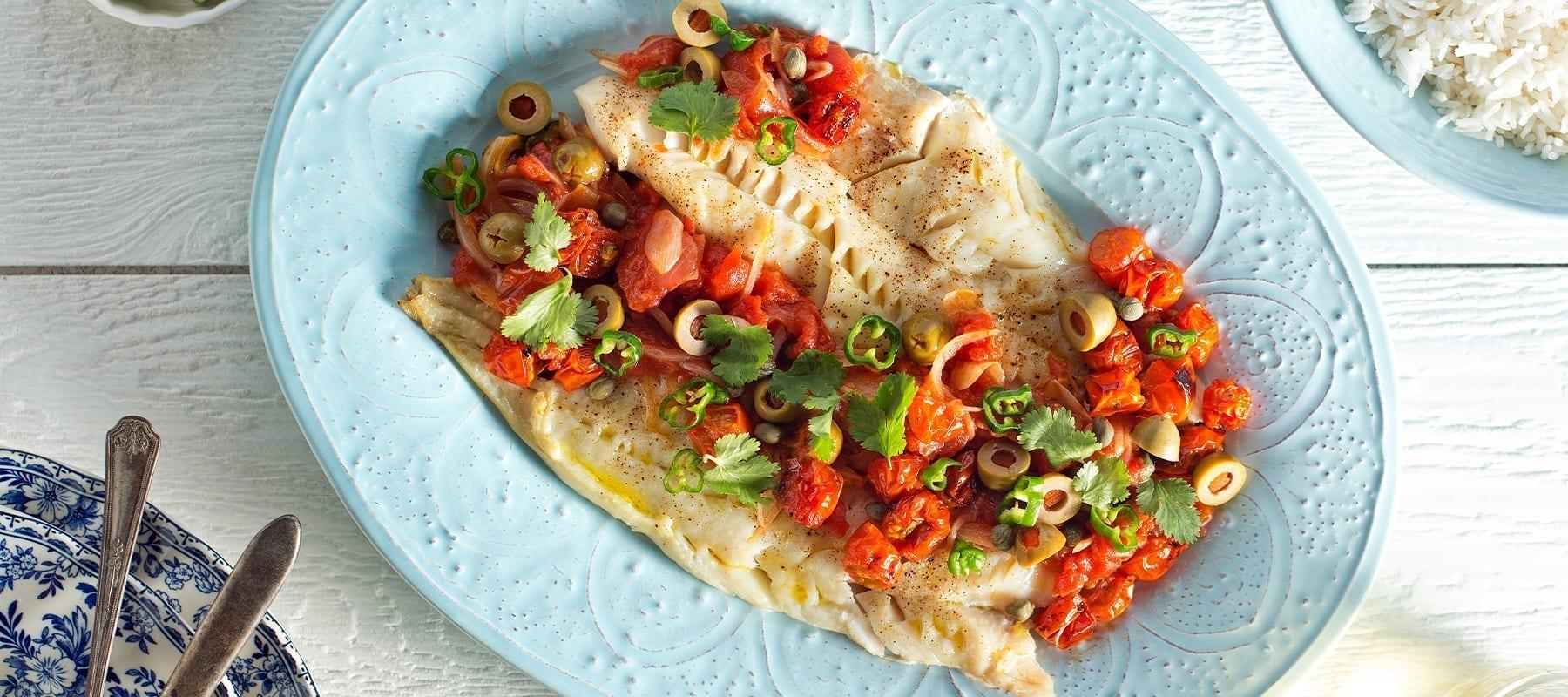 Dampet hvid fisk med groentsager