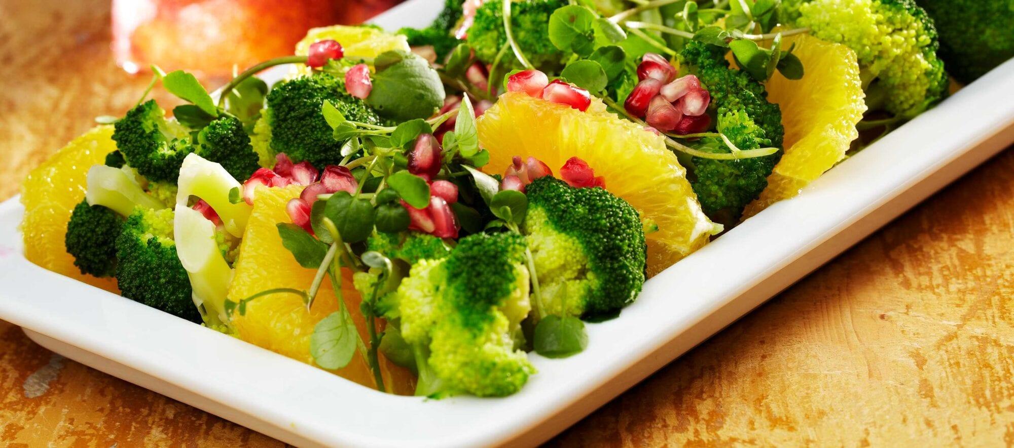 Broccolisalat citrusilik