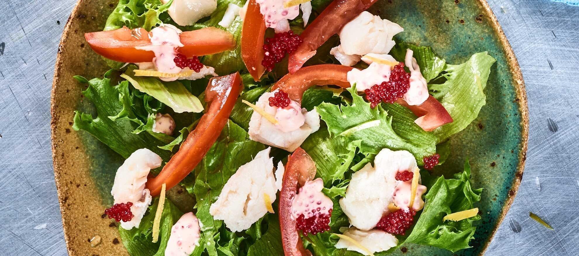 Groen salat torsk og stenbiderrogn